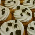 Cupcake with chocolate squares